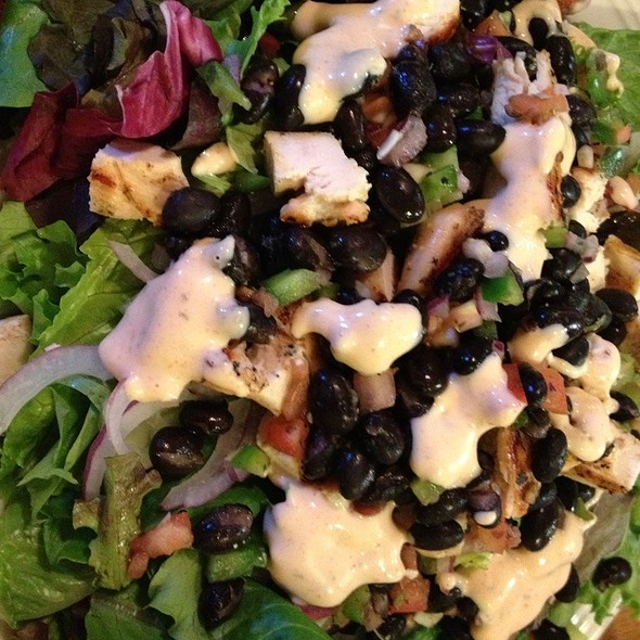 Fiesta Salad @ Bada Bingg