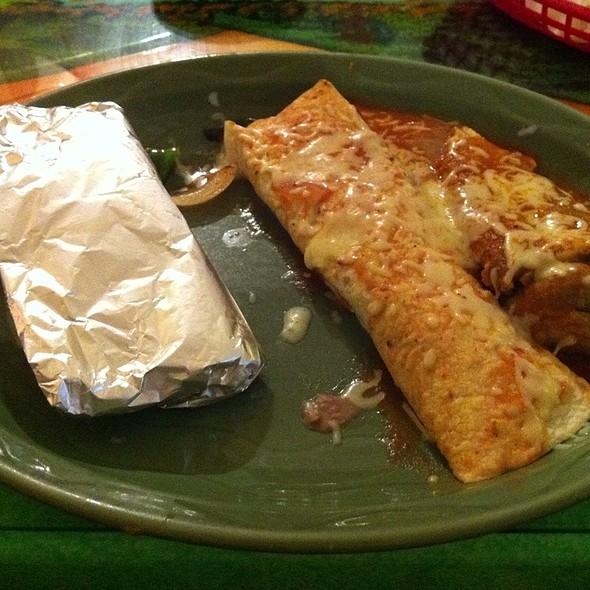 Shrimp Soft Taco, Vegetable Burrito, Cheese And Bean Chile Relleno @ El Dorado