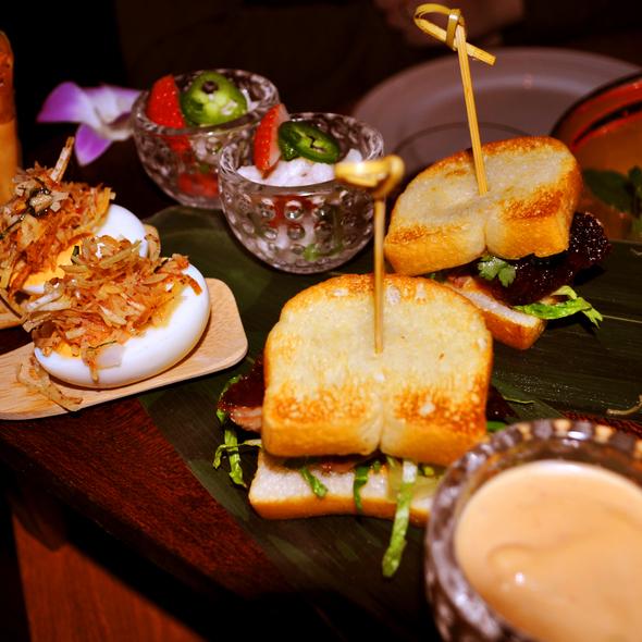 Pu Pu Platter - Chefs Choice - The Hurricane Steak & Sushi, New York, NY