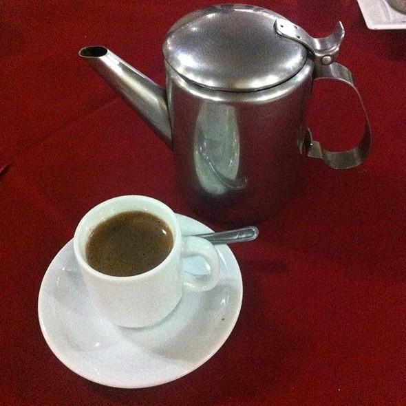 Arabic coffee @ Baalbek - Restaurante Árabe