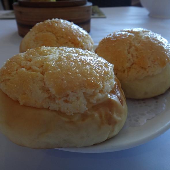 baked custard pineapple bun  @ Yum Cha Robina
