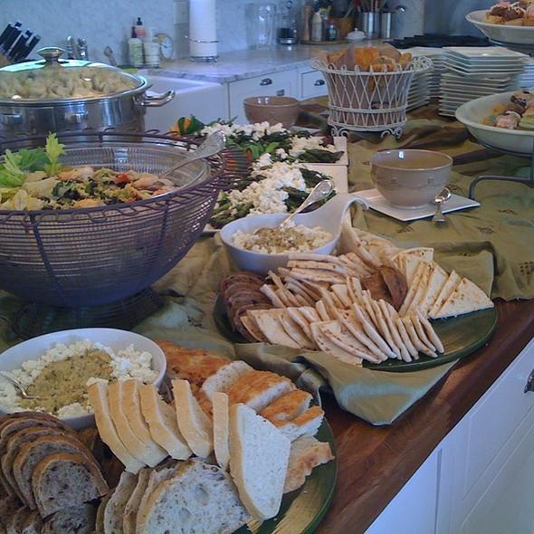 Tasty Treats @ Hollys Eventful Dining