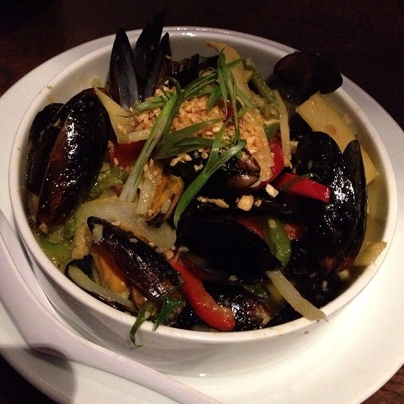 Mussels - Suzy Wong's House of Yum, Nashville, TN