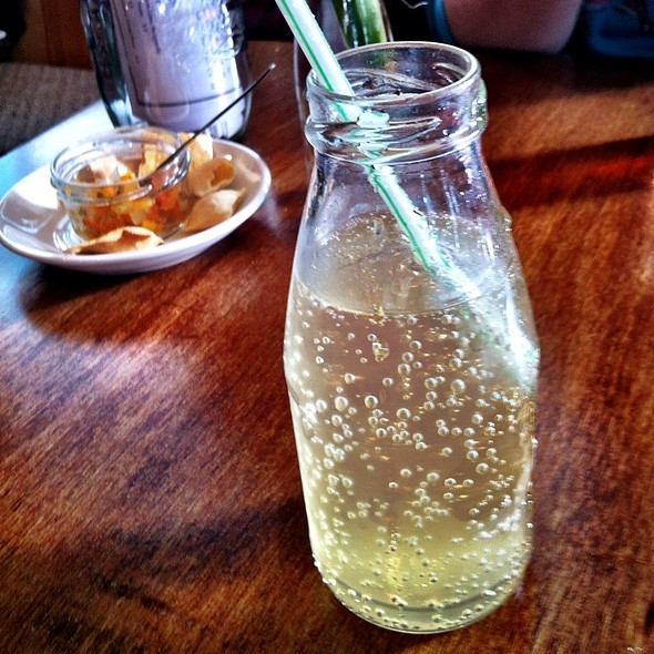 Vanilla Cream Soda @ Pickle Eating House & Bar