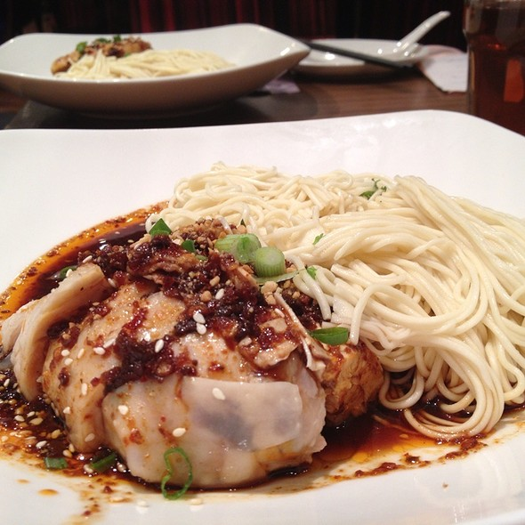 Sze Chuan La Mien (Hot & Sour Noodle) @ Crystal Jade La Mian Xiao Long Bao