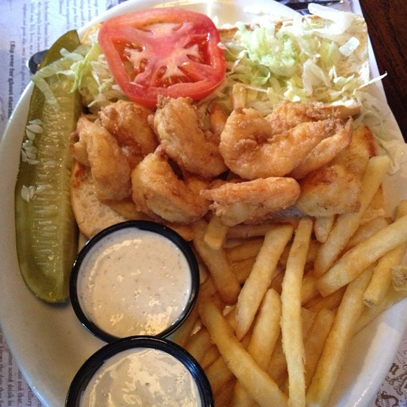 Shrimp Poboy - The Pirates' House, Savannah, GA