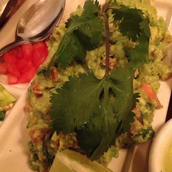 Guacamole and Chips @ Ninfa's