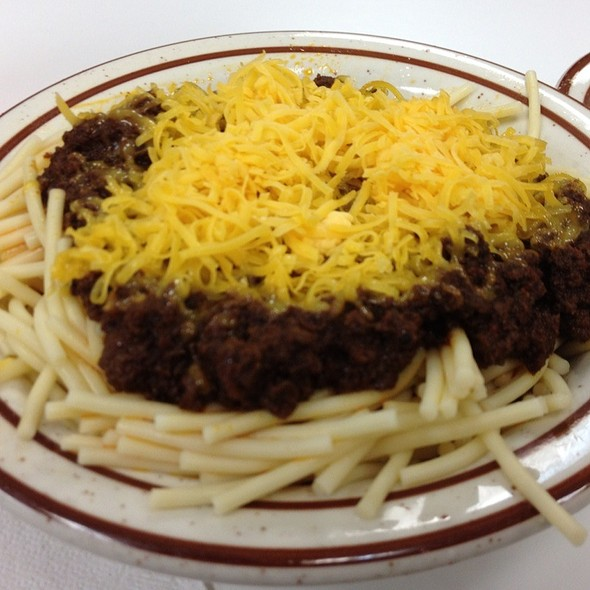 No Bean Chili With Spaghetti And Cheese