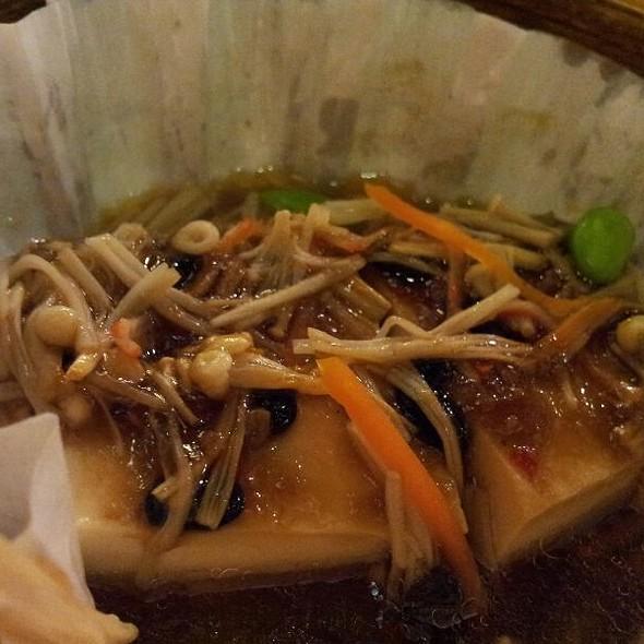 spicy tofu with mushrooms and black bean sauce  @ ten ren's tea time
