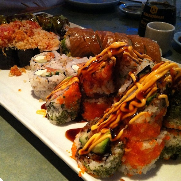 sushi plate @ Niwano Hana