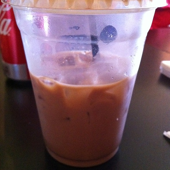 Mocha Milk Tea  @ Pom Pom's Tea House & Sandwicheria