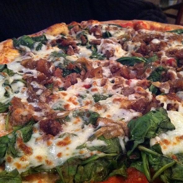 Celina Pizza @ Mama Palma