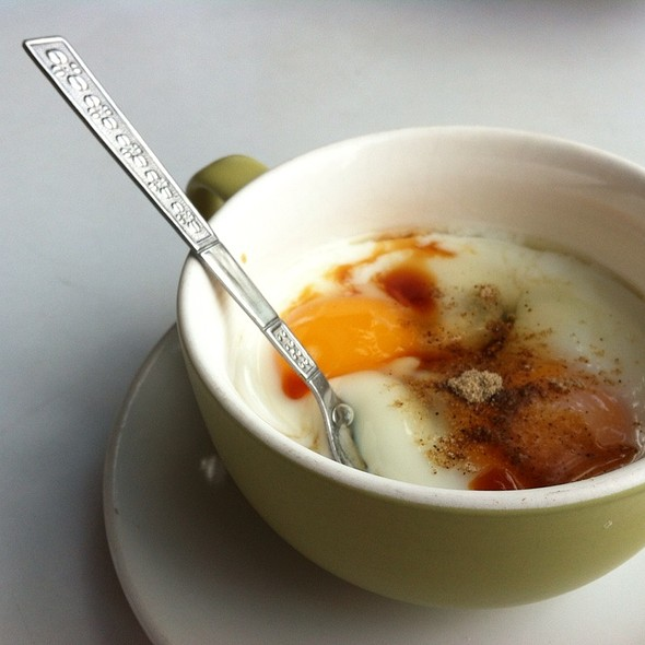 ไข่ลวก / Half-Boiled Eggs @ ร้านอร่อยเช้านี้ / Aroy Chao Ni (Delicious Morning)