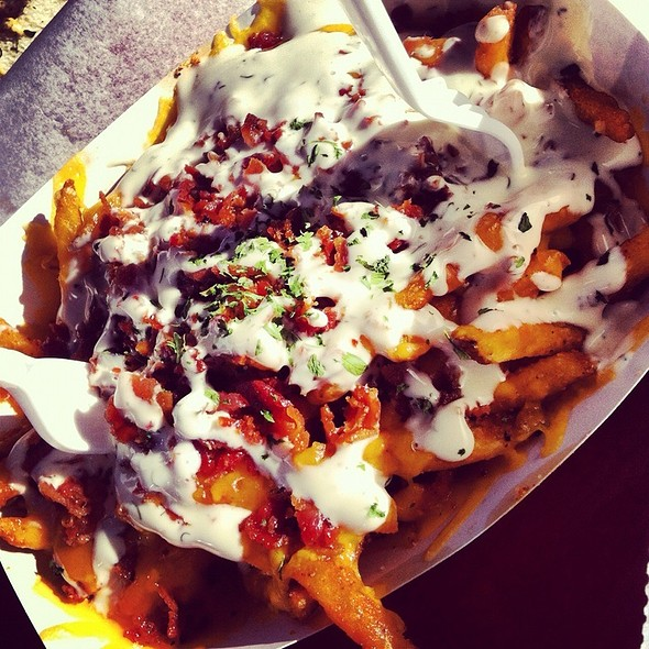 Bacon, Cheddar And Ranch Fries  @ Dat Dog
