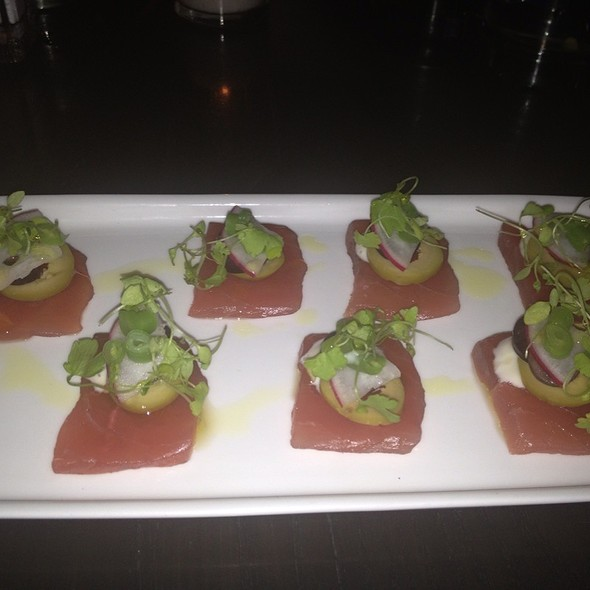 Sashimi Of Yellow Fin Tuna - Parlor Steak & Fish, New York, NY