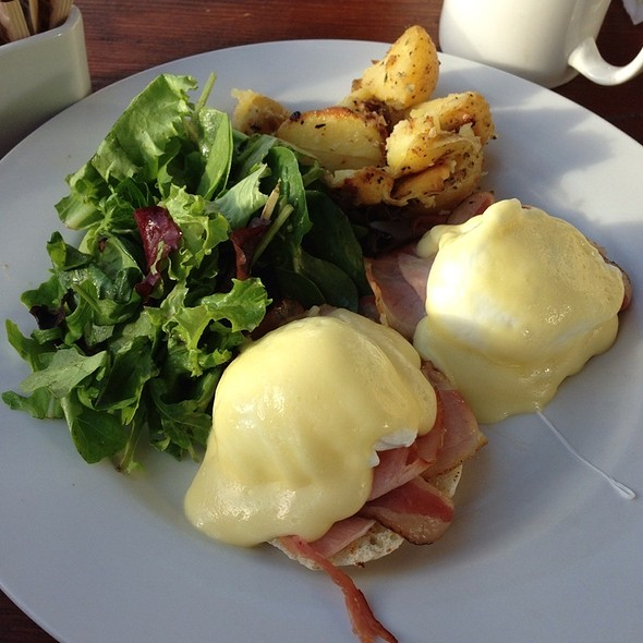 Eggs Benedict - Uli's Restaurant, White Rock, BC