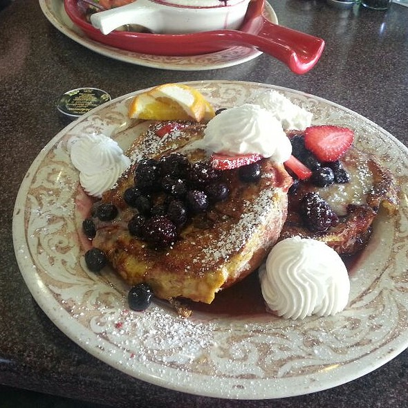French Toast @ Another Broken Egg Cafe