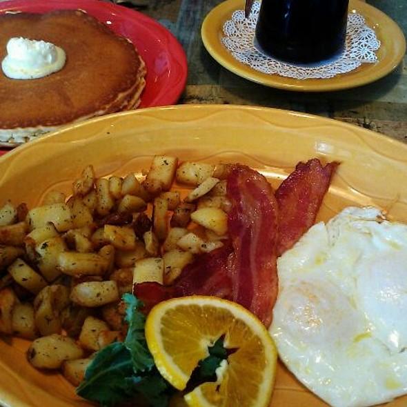 Lumberjack Breakfast @ Le Peep