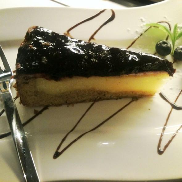 Newyork Cheesecake & Blueberry Topping @ ZouZou breakfast'n cakes