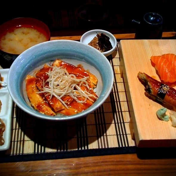 Chicken Teriyaki Don, Unagi & Salmon Nigiri @ Tori Tori