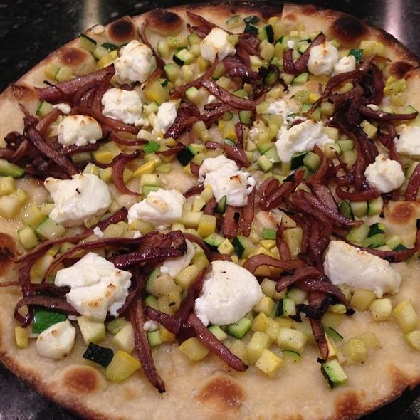 Veggie Pizza @ Il Poggiolo