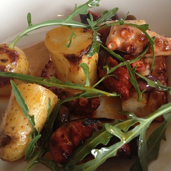 Fremantle Octopus With Chorizo @ Millbrook Winery