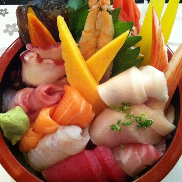 Chirashi Don At Kani House