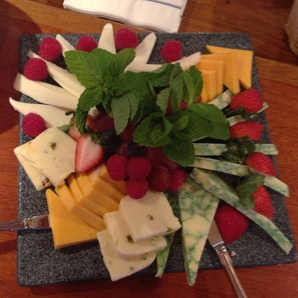 Cheese Plate @ Eau Gallie Yacht Club