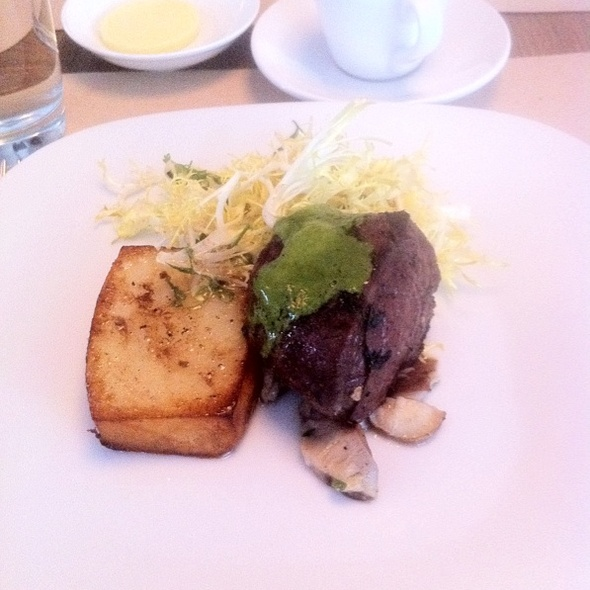 Grilled Hanger Steak @ Perry St