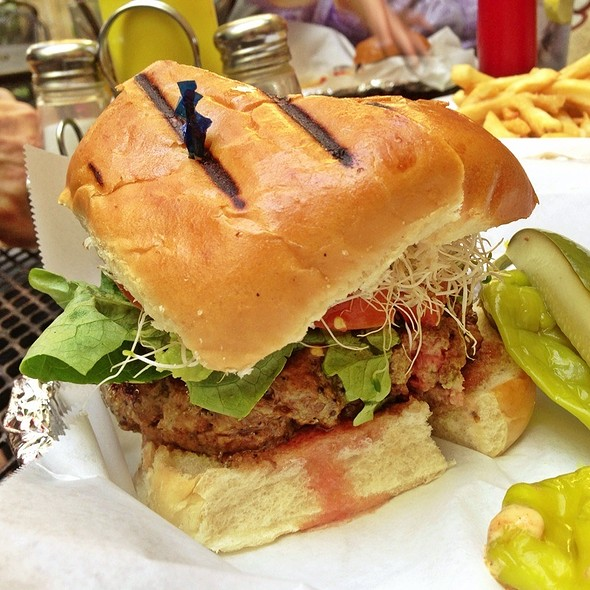 L.A. Burger @ Casino El Camino