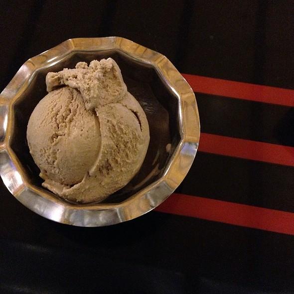 Irish Coffee Ice Cream @ The Ice Cream Bar / Soda Fountain