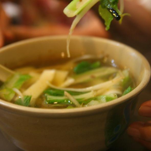 Vegetable Noodle Soup @ 人人素食