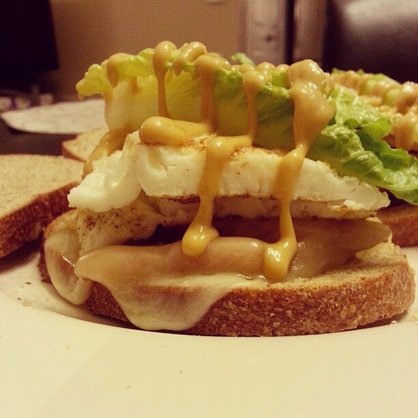 Home made sandwich (Turkey bacon, egg whites, provolone cheese, romaine lettuce, honey mustard on wheat bread) @ Edge Condominiums