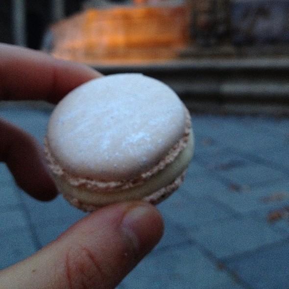 White Truffle Hazelnut Macaron @ Pierre Hermé