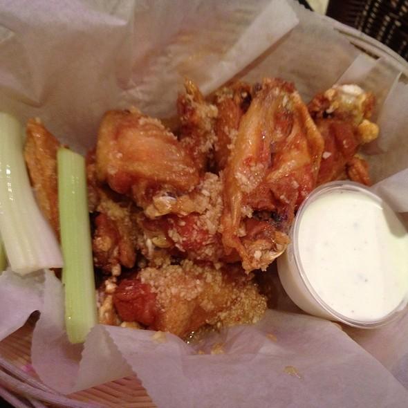 Honey Garlic Wings @ Big Joes Burgers and Wings
