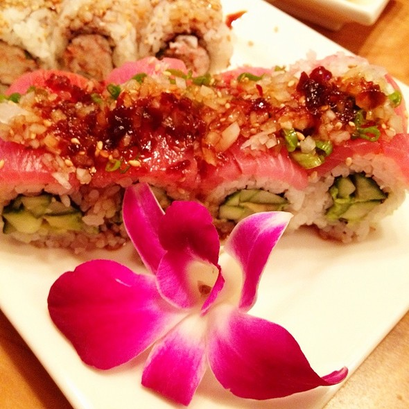 Ruby Red Roll - Hapa Sushi Grill and Sake Bar Lodo, Denver, CO