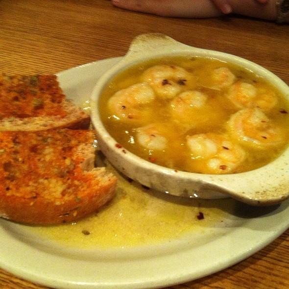 Gambas Al Ajillo (shrimp and garlic) @ Clubhouse One