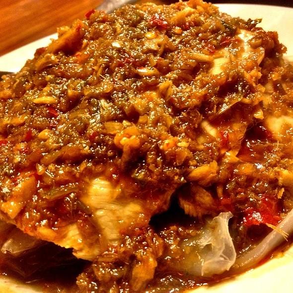 Shanghai Noodle Black Vinegar Pork   ยำก๋วยเตี๋ยวเซียงไฮ้หมู @ New Great Shanghai