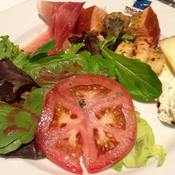 Salmon, Shrimp Scampi, Mixed Greens Salad & Goat Cheese - Texas de Brazil - Detroit, Detroit, MI