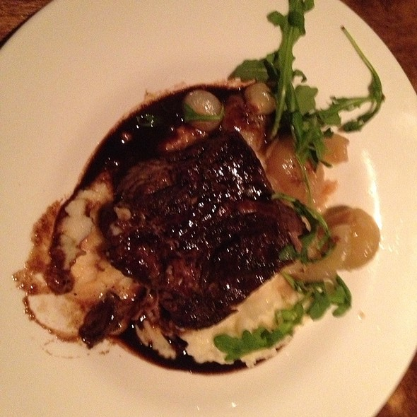 Braised boneless short ribs - Ocean 235, Easton, PA