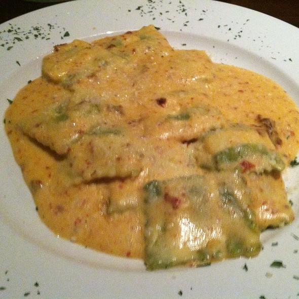Spinach And Cheese Ravioli - 7 West Bistro Grille, Towson, MD