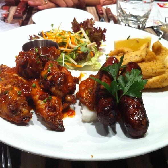 Chicken Wings Sausages And Calamari To Share At Ribs Rumps Sydney Olympic Park