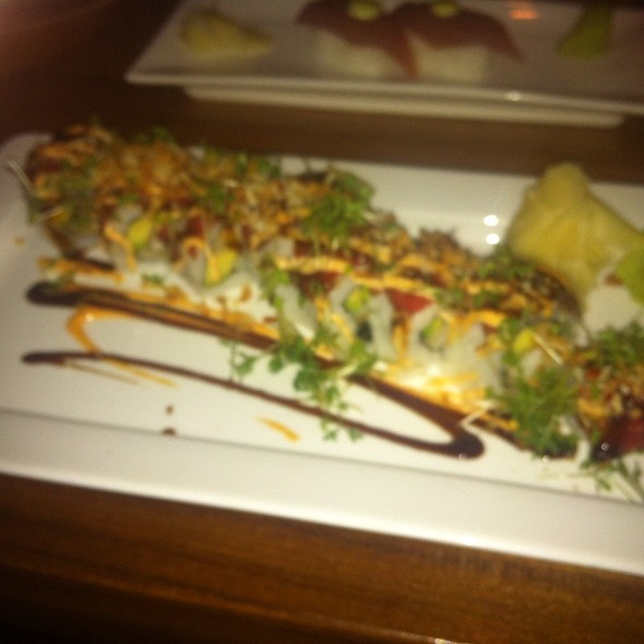 Surf And Turf Maki Roll @ Sushisamba