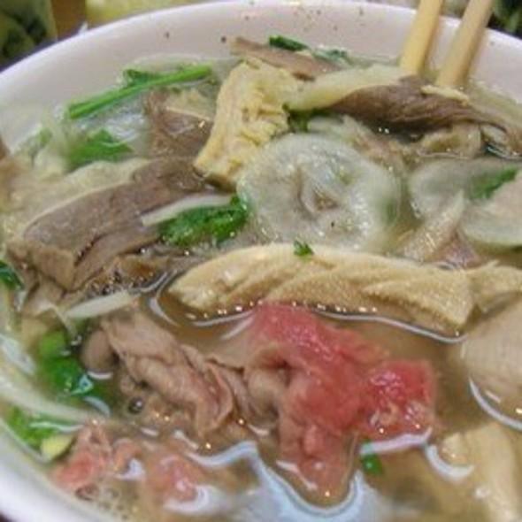 Pho Dac Biet @ Saigon Cafe LLC