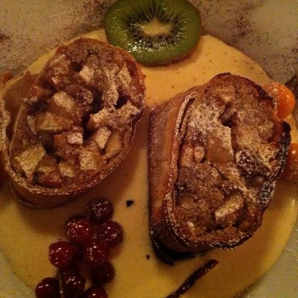 Apfelstrudel with Vanilla Sauce