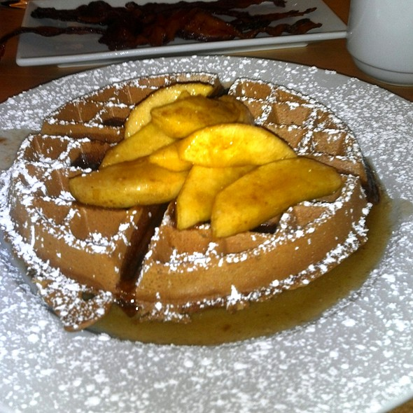 Gingersnap Waffles @ Central By Michel Richard