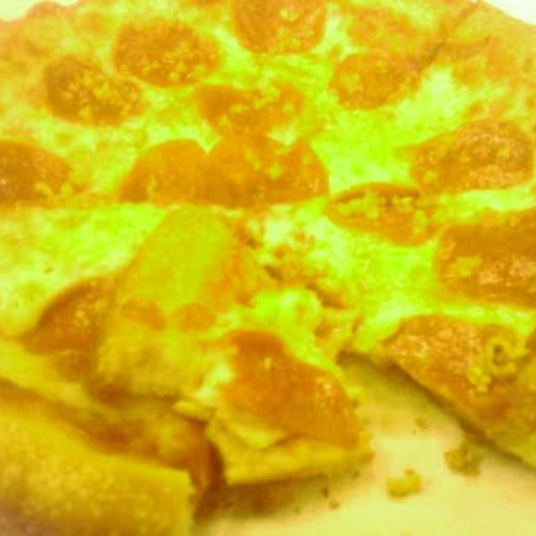 Pepperoni Pizza @ Singa's Original Pizza