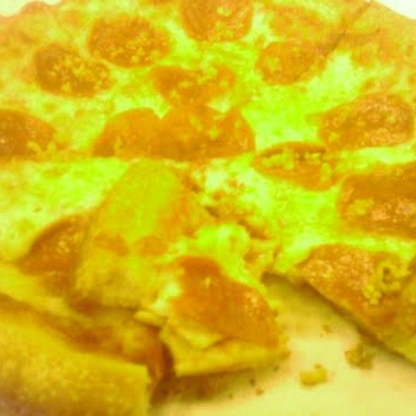 Pepperoni Pizza @ Singa's Original Pizza