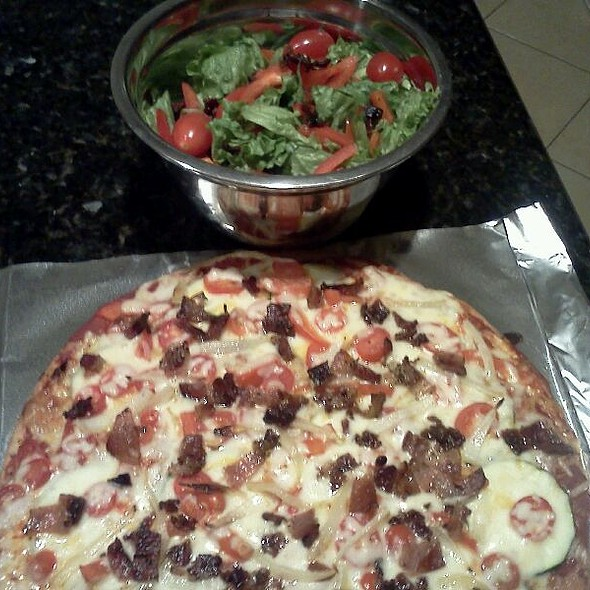 Veggie Pizza With Peppered Bacon On Whole Wheat Crust And Salad @ My House