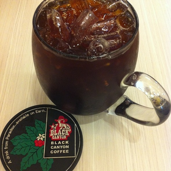Iced Americano @ Black Canyon Coffee